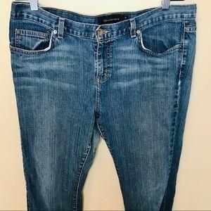 🐘 Calvin Klein Slim Bootcut Jeans